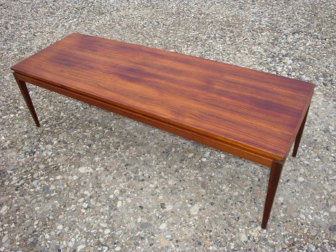 sofabord palisander .Antikvitet.  Sofabord i palisander med udtræksplade i  sofabord palisander