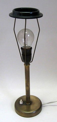 1950'er bordlampe i messing, Danmark.