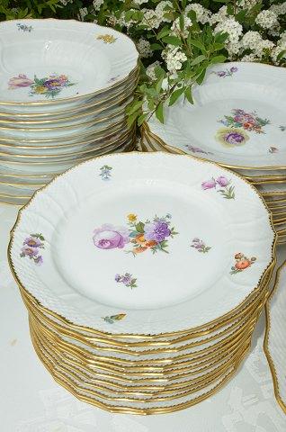 Lækker www.Antikvitet.net - Kongelig Saksisk blomst Spisestel til 12 personer UB-05