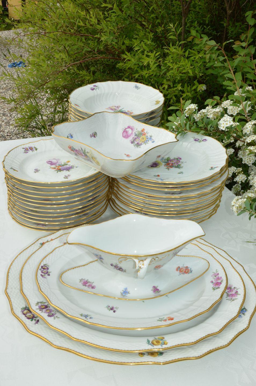 Velsete www.Antikvitet.net - Kongelig Saksisk blomst Spisestel til 12 personer CO-32