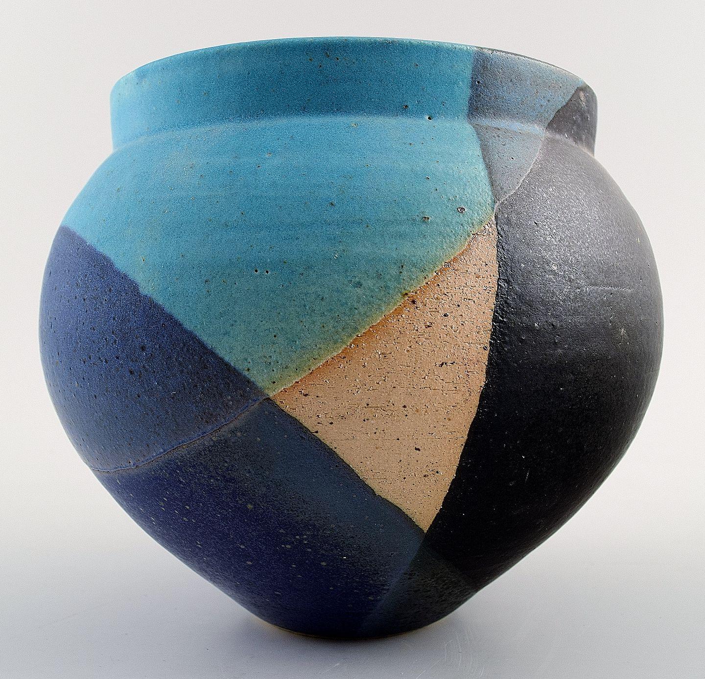 unika keramik .Antikvitet.  Janus Simmelsgaard, unika keramik vase unika keramik