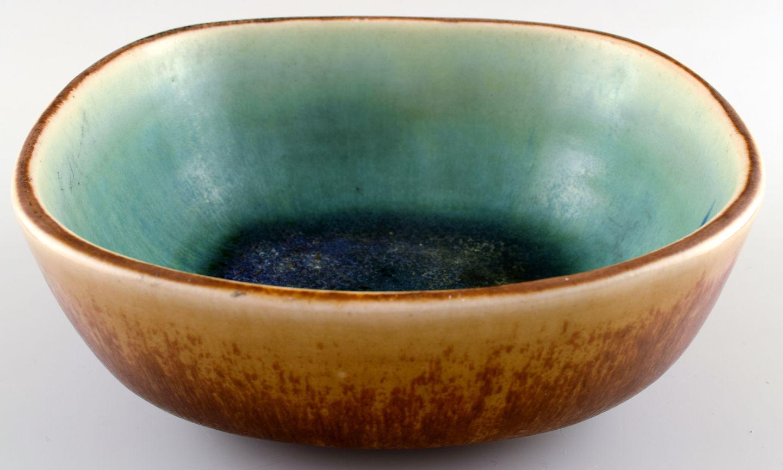 saxbo keramik .Antikvitet.  Eva Stæhr Nielsen for Saxbo, keramik skål i  saxbo keramik