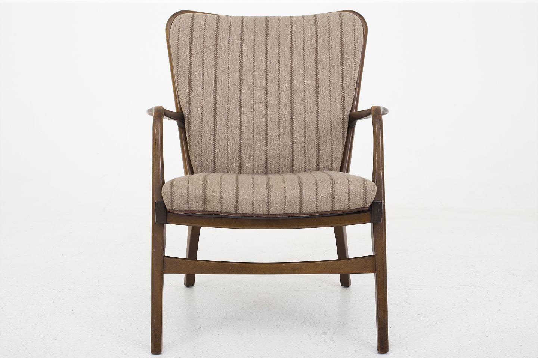 dansk snedkermester l nestol i bejdset b g og brune hynder 2 stk p lager. Black Bedroom Furniture Sets. Home Design Ideas
