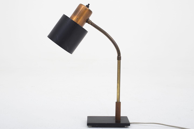 www Antikvitet net Jo Hammerborg Fog& Morup Bordlampe i kobber, sortlakeret metal samt