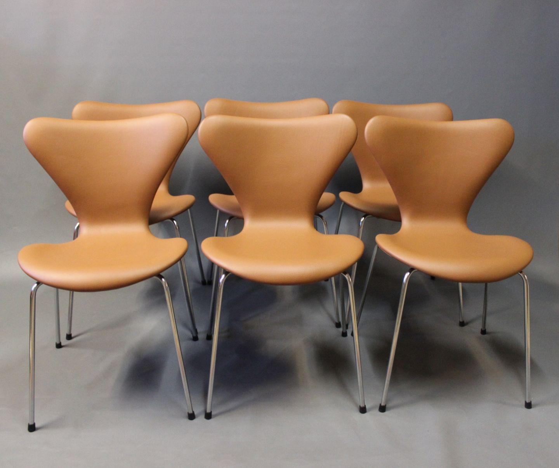 syver stole .Antikvitet.  Et sæt af 6 Syver stole, model 3107, desig syver stole