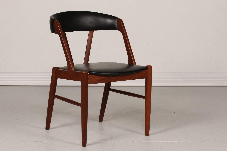 teak stol .Antikvitet.  Dansk Møbeldesign * * Stol af teak * m/sort skai teak stol