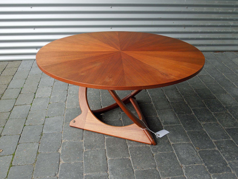www.Antikvitet.net - Rundt sofabord i spejlskåret teak