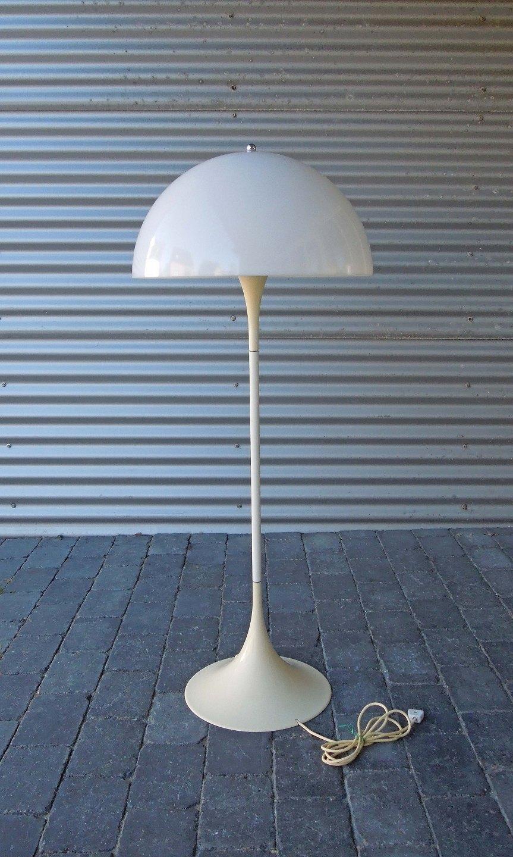 www Antikvitet net Verner Panton Panthella gulvlampe