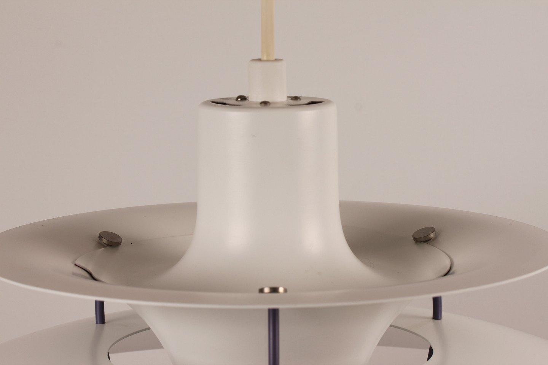 poul henningsen ph 5 lampe hvidlakeret metal m glas bund. Black Bedroom Furniture Sets. Home Design Ideas