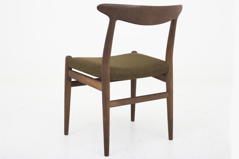 hans j wegner c m madsen w2 spisestuestol i m rk eg og gr n uld 5. Black Bedroom Furniture Sets. Home Design Ideas