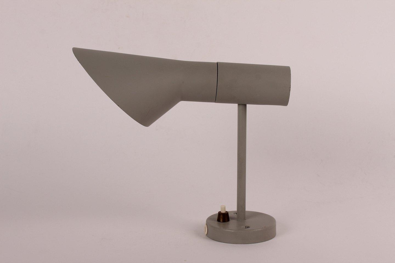 Væglampe Aj - www Antikvitet net Arne Jacobsen  LILLE AJ v u00e6glampe