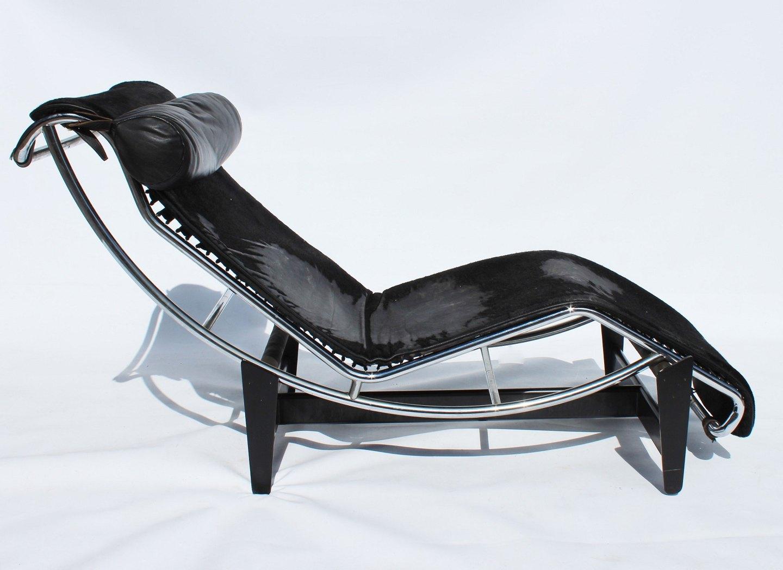 Le Corbusier chaiselong, model LC4, for