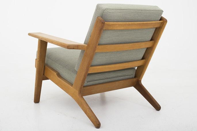Hans Wegner Stoel : Hans wegner getama set of chairs catawiki
